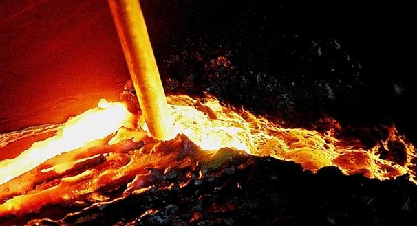 商品期货迎来大反弹 有色金属沪铅涨近2%