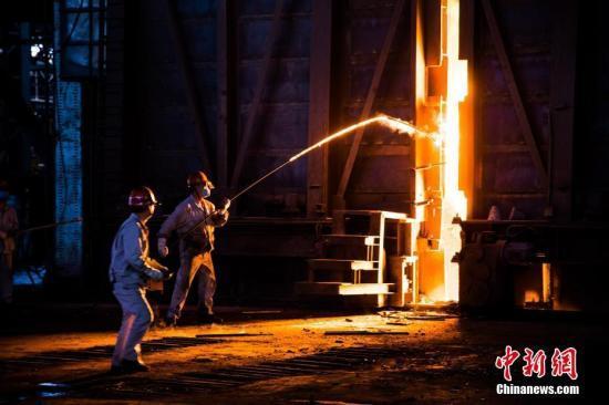 """钢铁业不搞""""一刀?#23567;?促超低排放绿色发展"""
